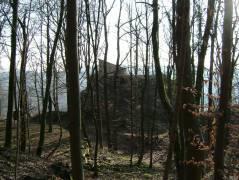 Onderweg kwamen we langs deze ruine, met een prachtig uitzicht over het dal. De ruine heet